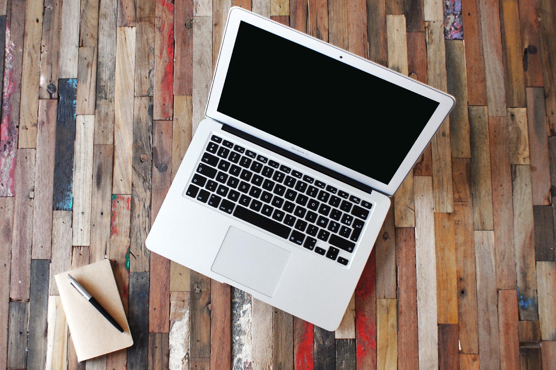 MacBookと手帳